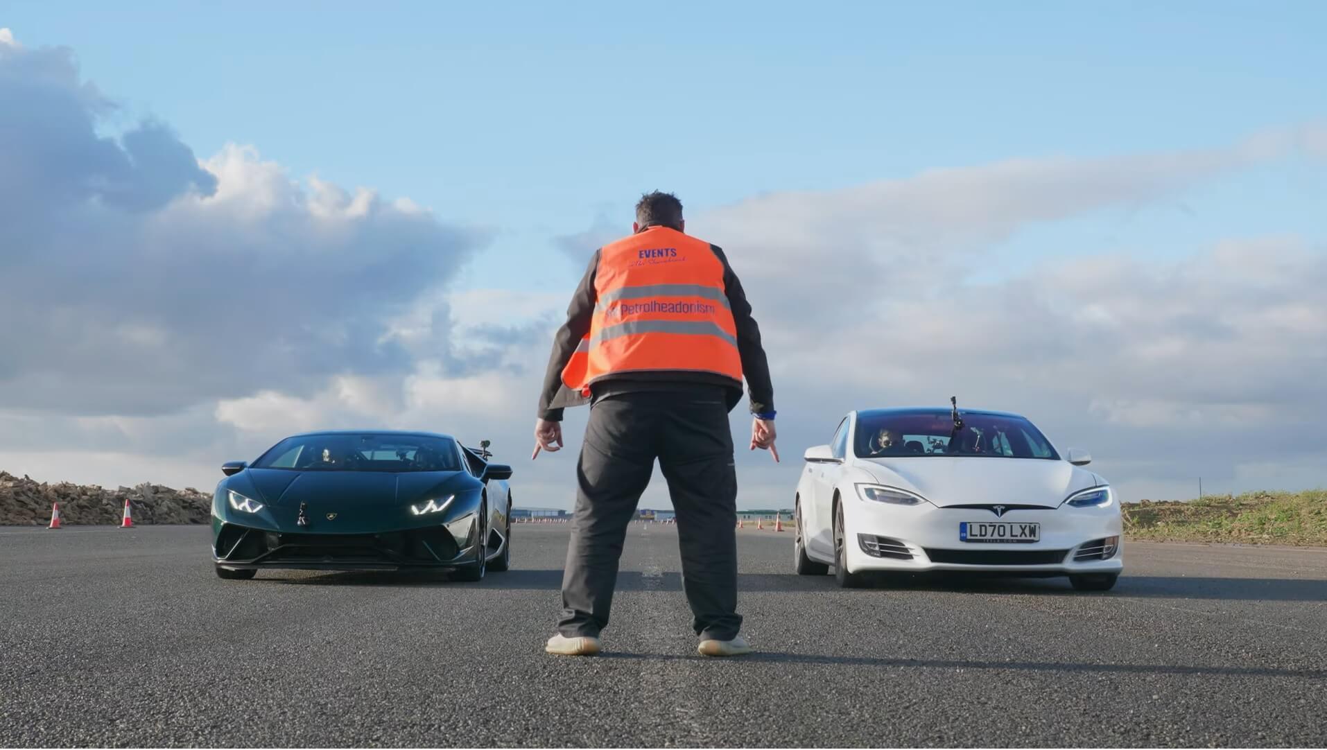Tesla Model S drag race Lamborghini Huracan Performante