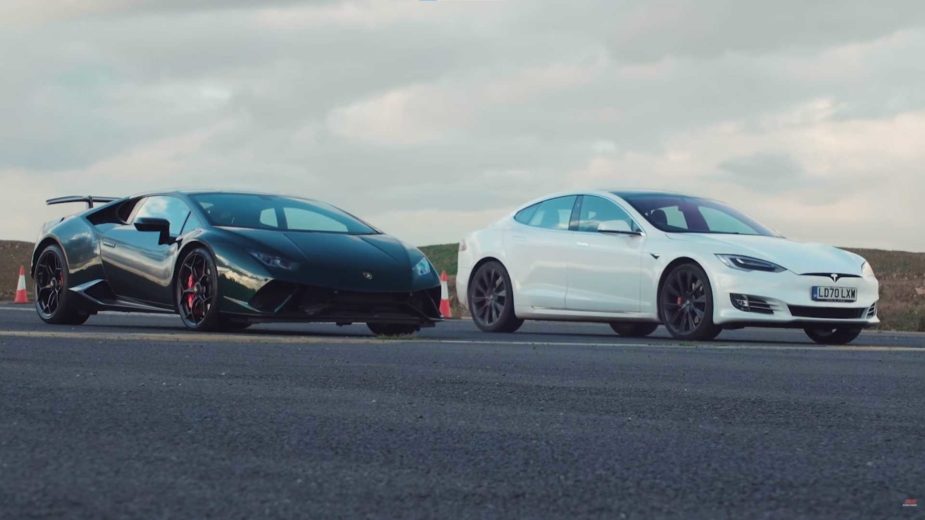 Tesla Model S drag race Lamborghini Huracan Performante