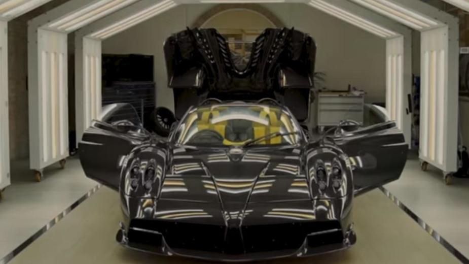 Pagany huayra Roadster