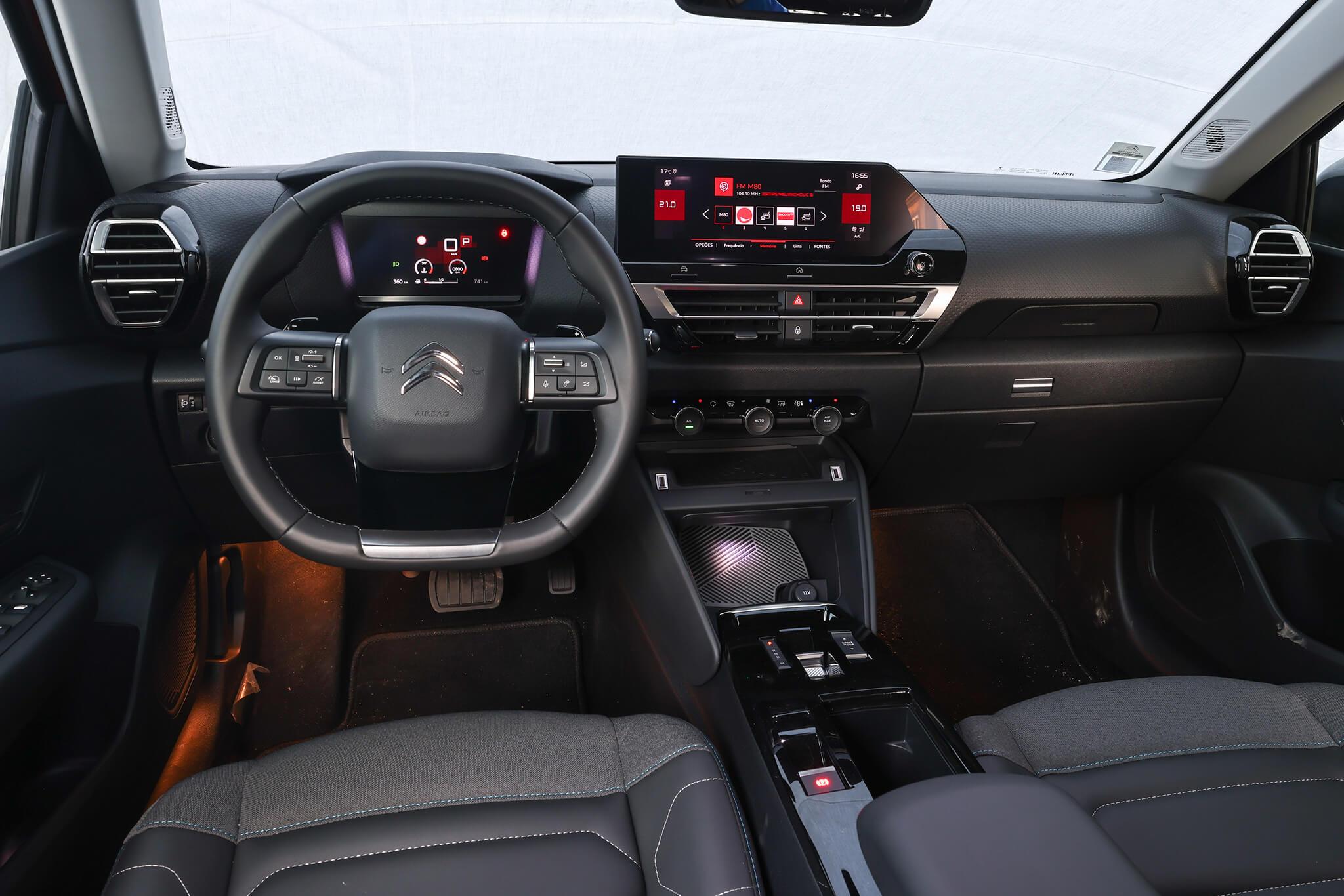 Interior do Citroën C4 2021