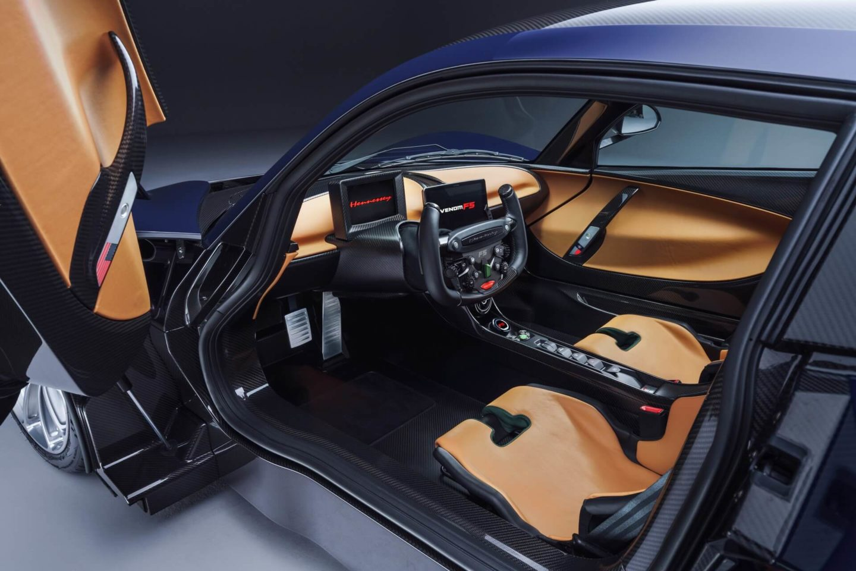 Interior Venom F5
