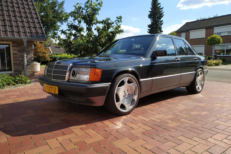 Mercedes-Benz 190 V12