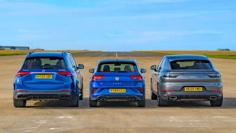 Volkswagen T-ROC R vs MErcedes-AMG GLE 53 vs Porsche Cayenne Coupe E-Hybrid