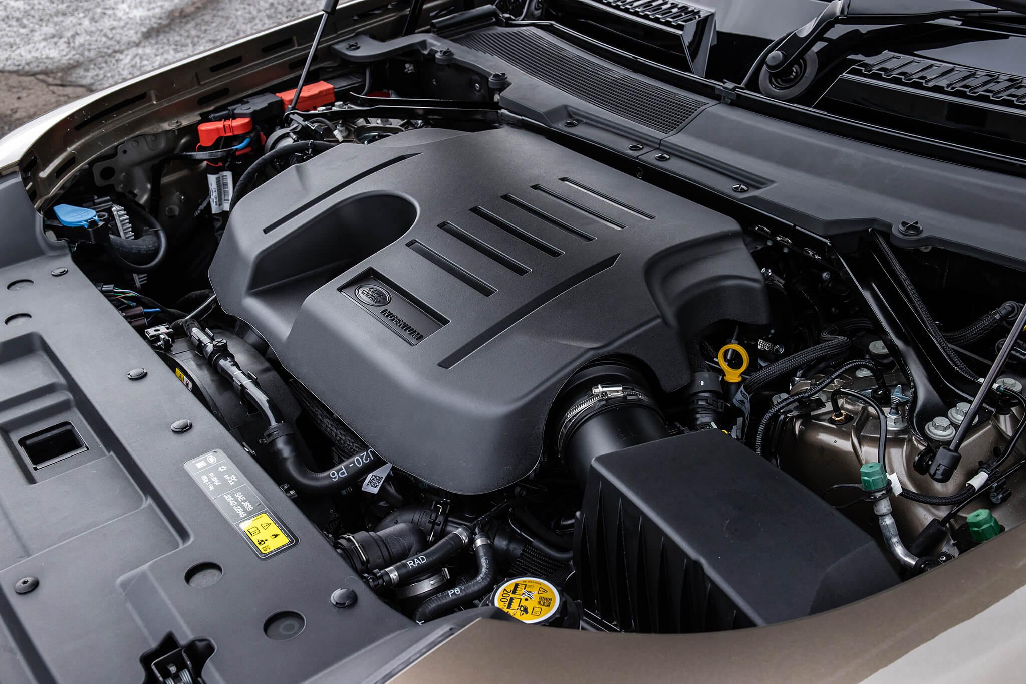 Motor 3.0, 6 cilindros, 400 cv