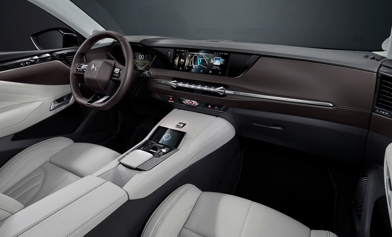 DS 4, interior