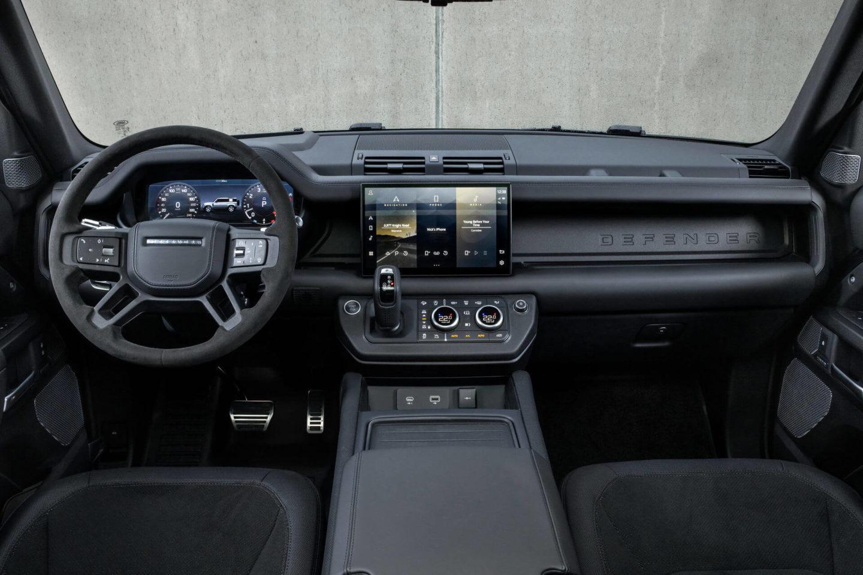 Land Rover Defender V8