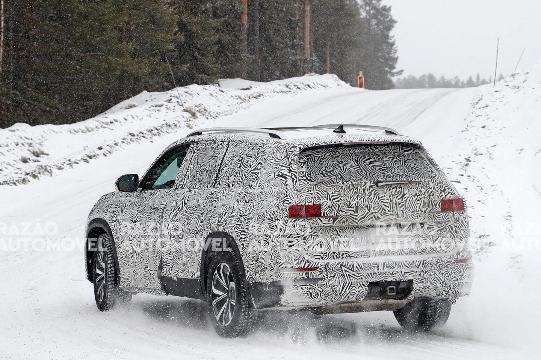 Audi Q9 Foto-espia