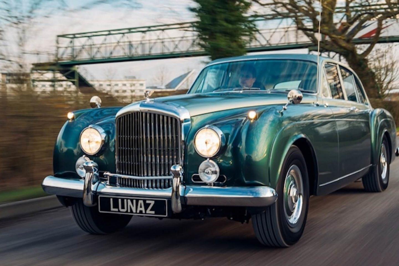 Bentley S2 Continental Flying Spur elétrico Lunaz