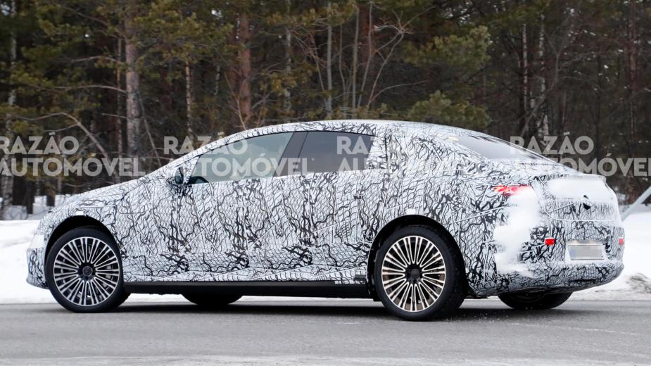 Mercedes-Benz EQE fotos-espia