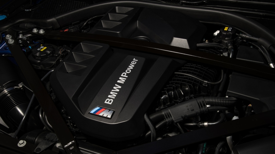 Motor BMW M4 Competition