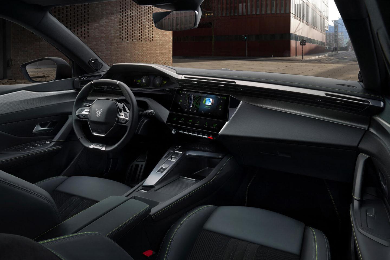 i-cockpit Peugeot 2021