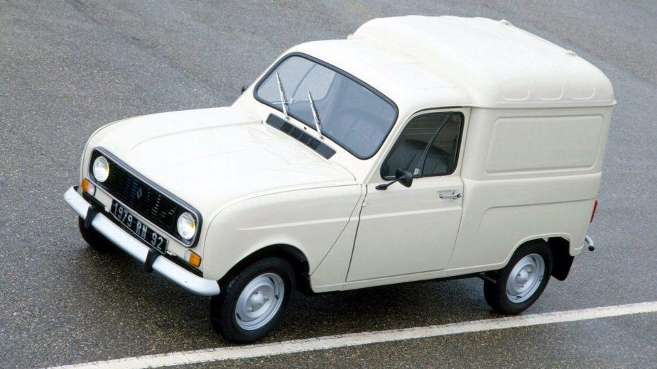 Renault 4F