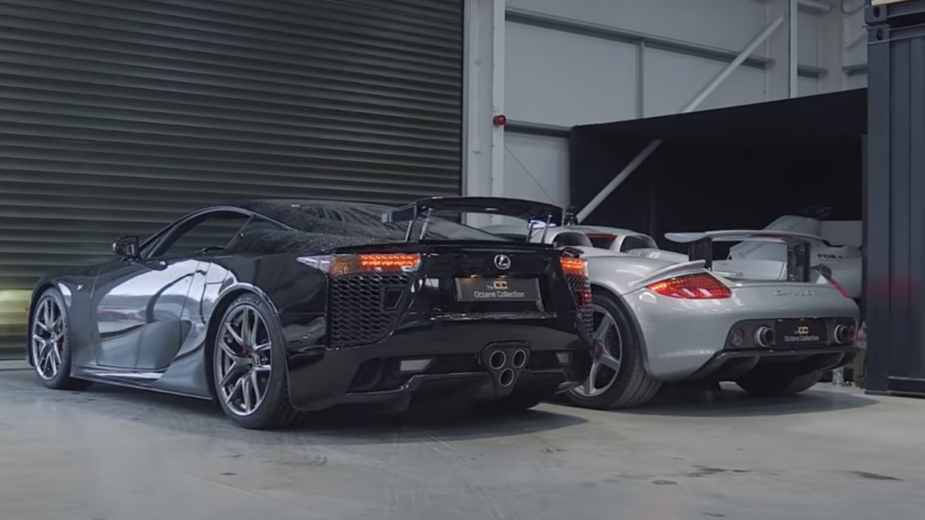 Lexus LFA vs. Porsche Carrera GT