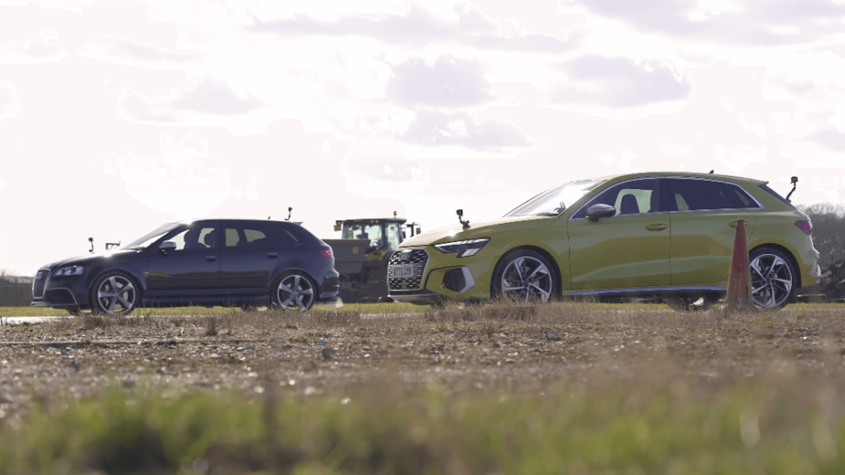 Drag race - Audi S3 vs Audi RS 3
