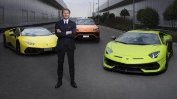 Stephan Winkelmann à frente dos modelos Lamborghini