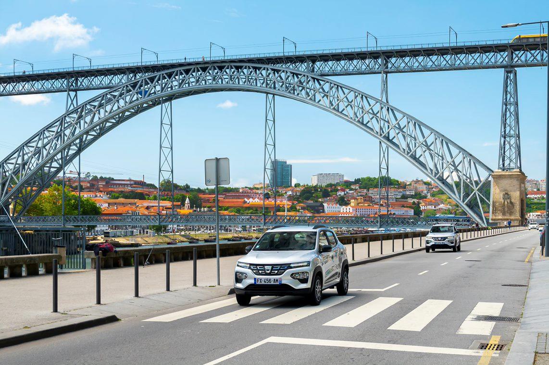 Dacia Spring no Porto