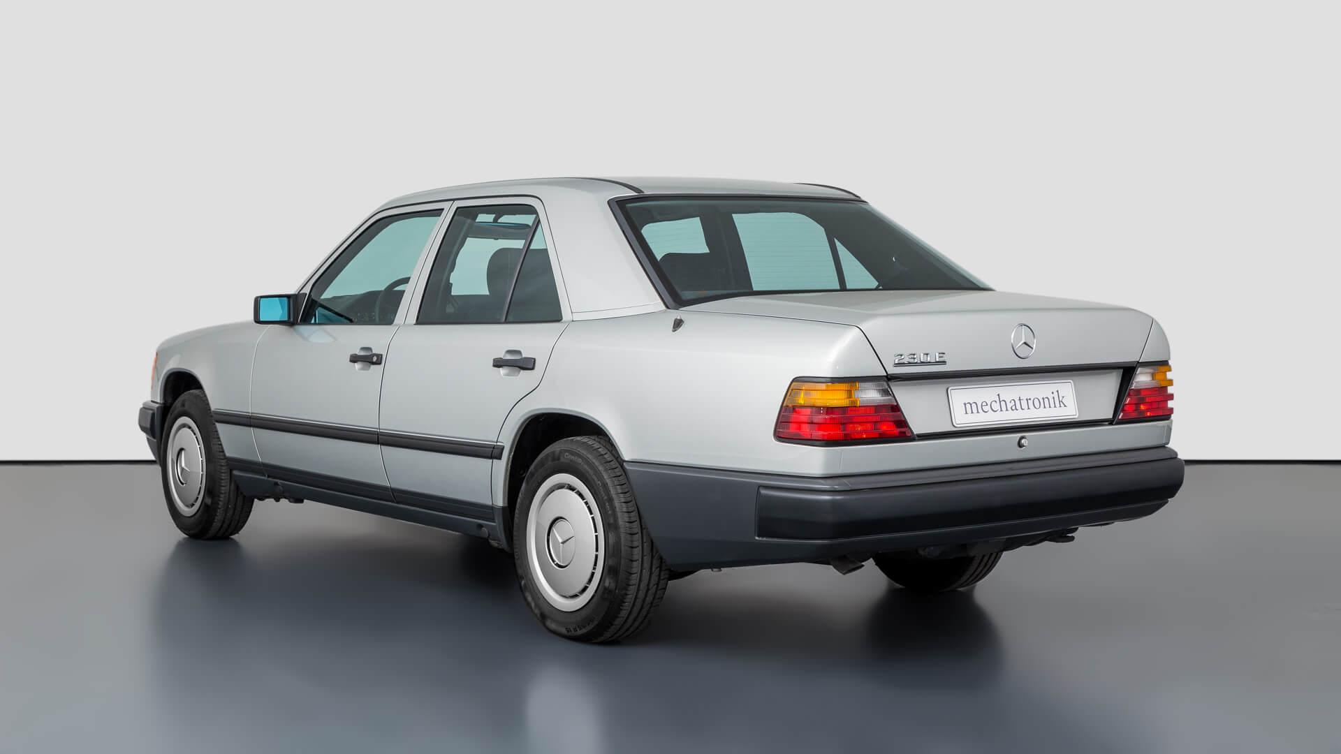 Mercedes-benz W124_230E 7