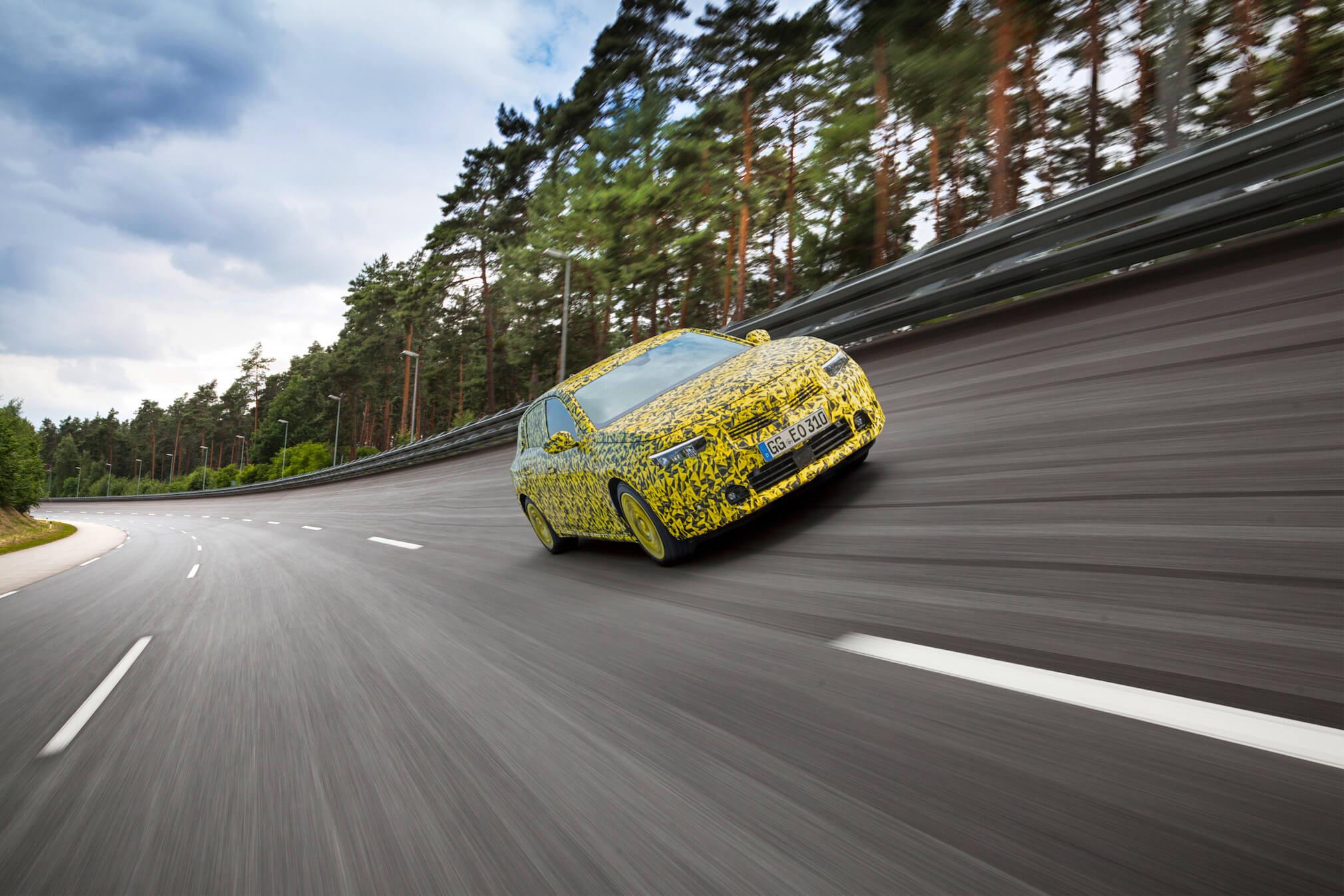 Opel-Astra 3