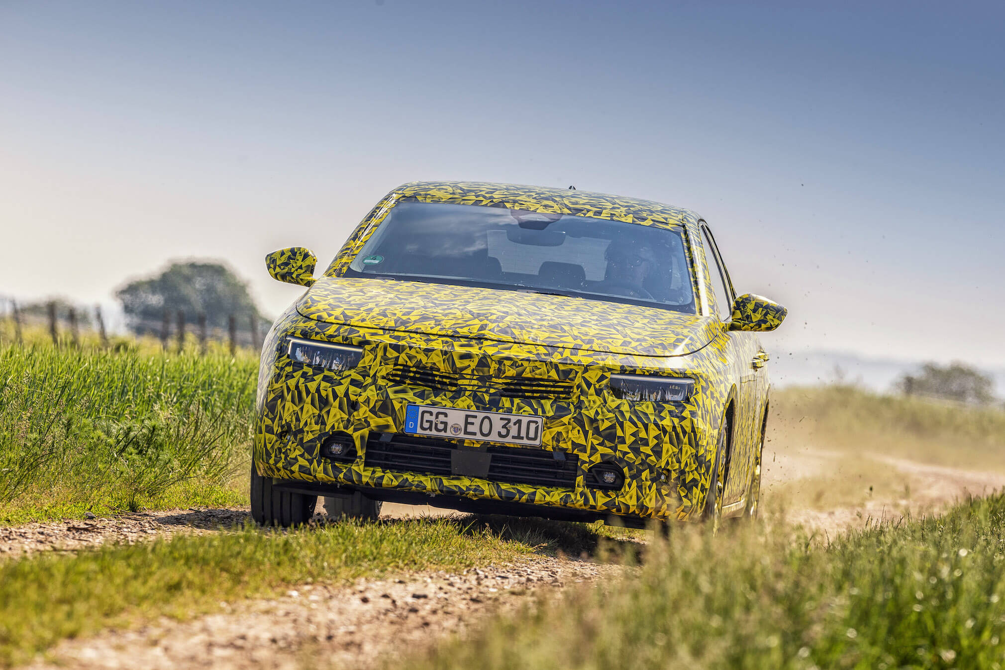 Opel-Astra 6