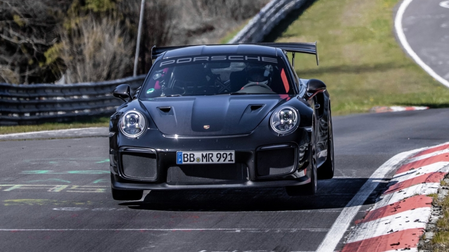 Porsche-911-GT2-RS-With-Manthey-Performance-Kit-5