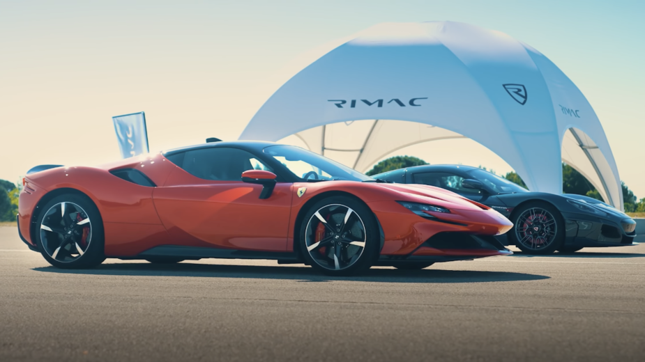 Rimac Nevera - Ferrari SF90 Stradale Drag Race
