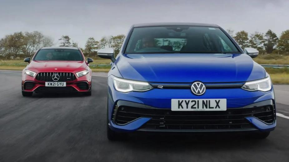 Volkswagen Golf R e Mercedes-AMG A45 S