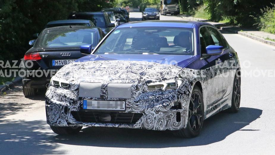 BMW Série 3 elétrico fotos-espia