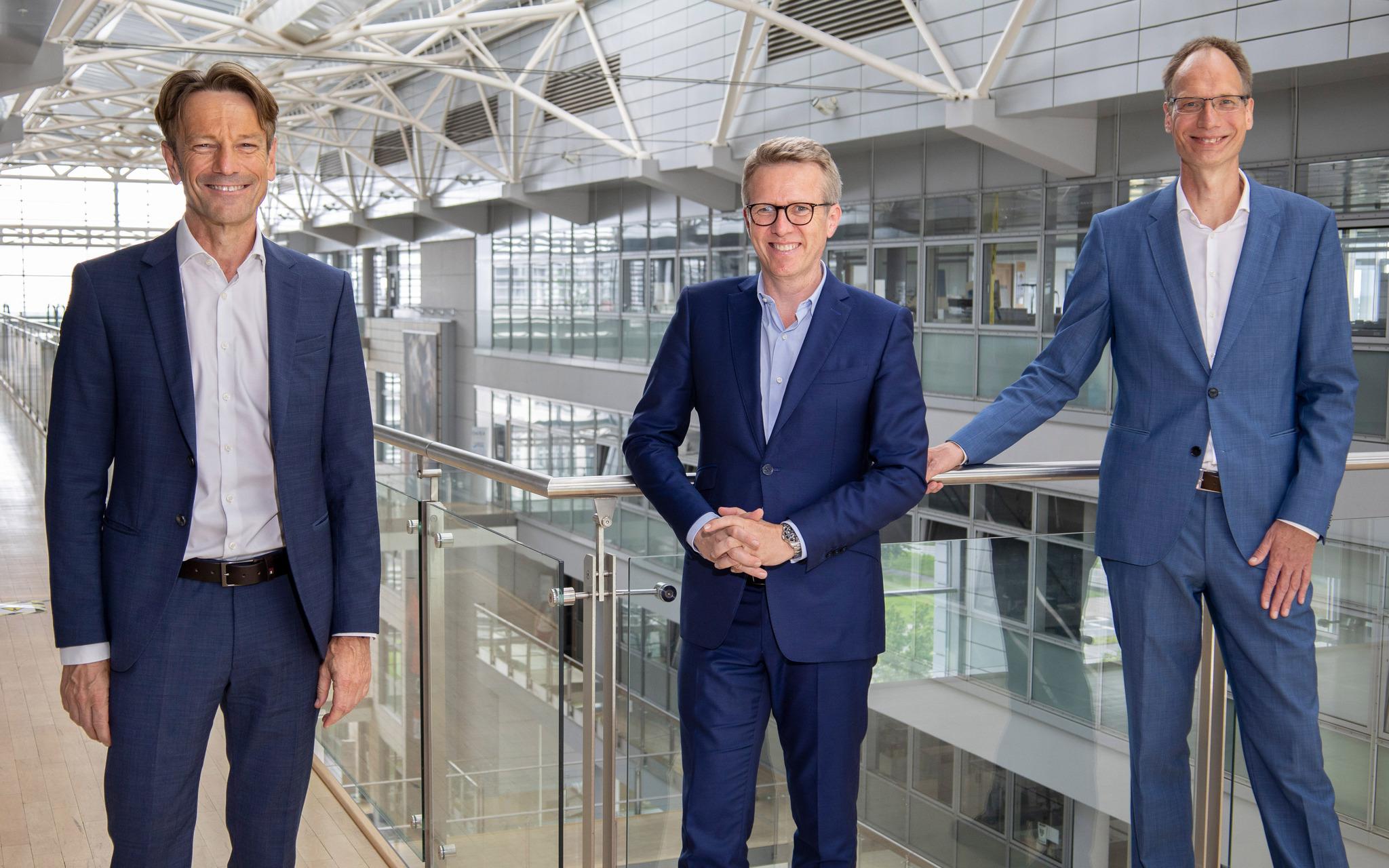 Uwe Hochgeschurtz; Xavier Chereau; Michael Lohscheller