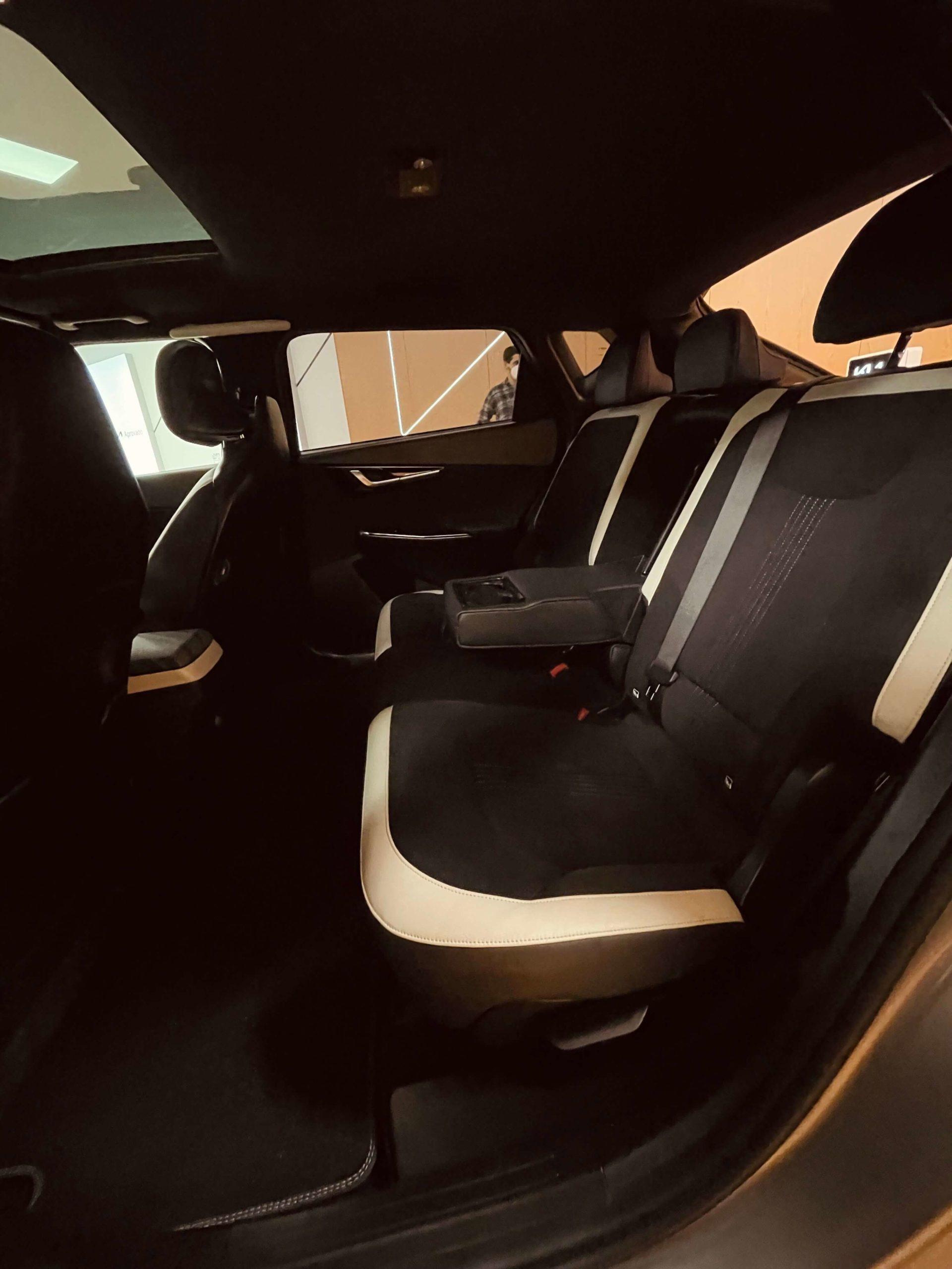 Kia Vibe EV6 interior