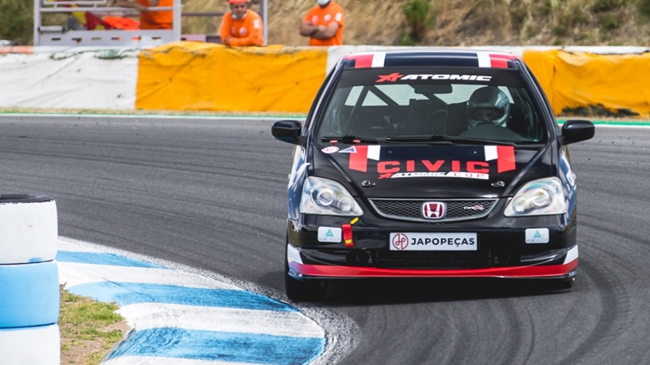 Honda Civic Type R Atomic Cup