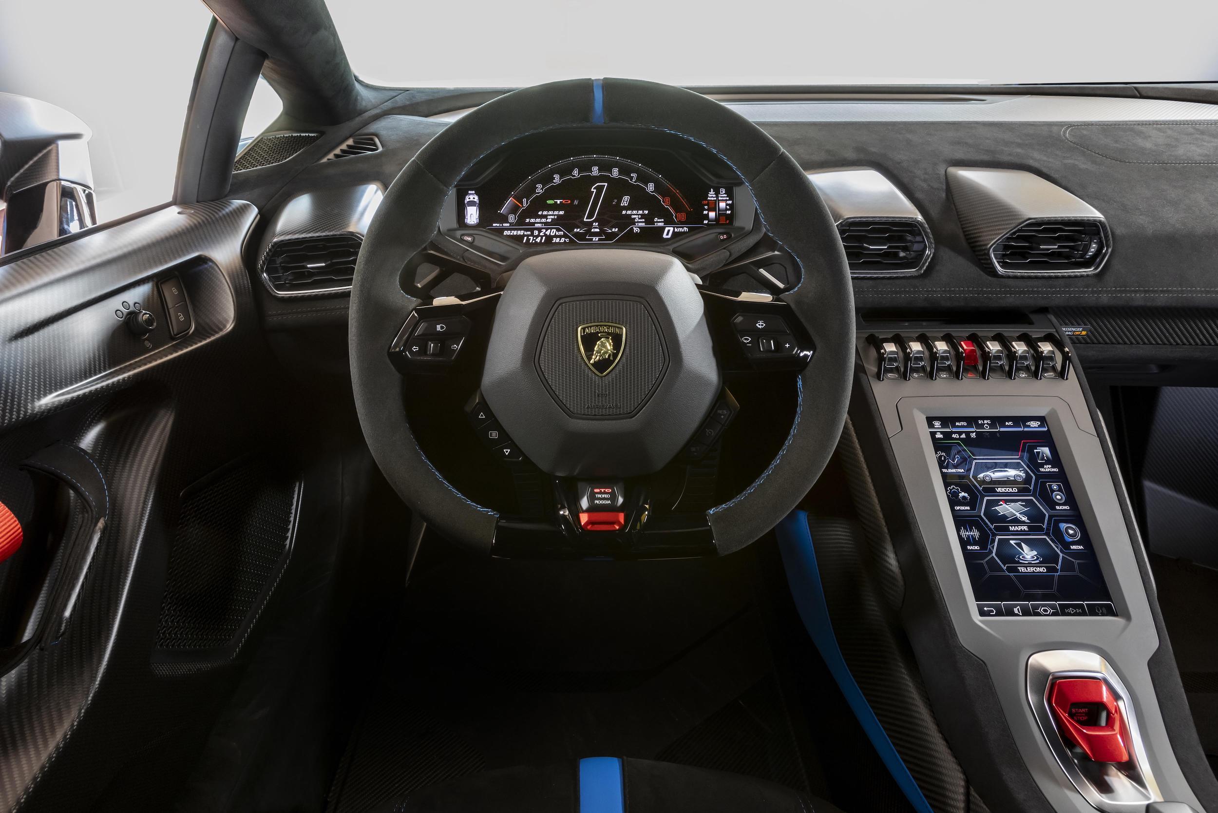 Lamborghini Huracán STO_04