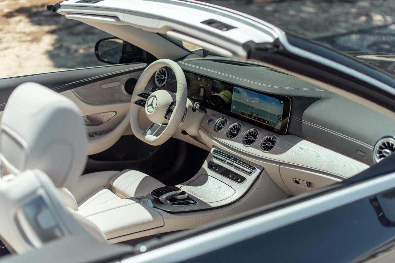Interior Mercedes-Benz Classe E 220 d Cabriolet