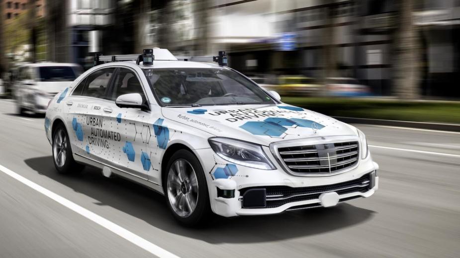 Táxi-robô Daimler Bosch
