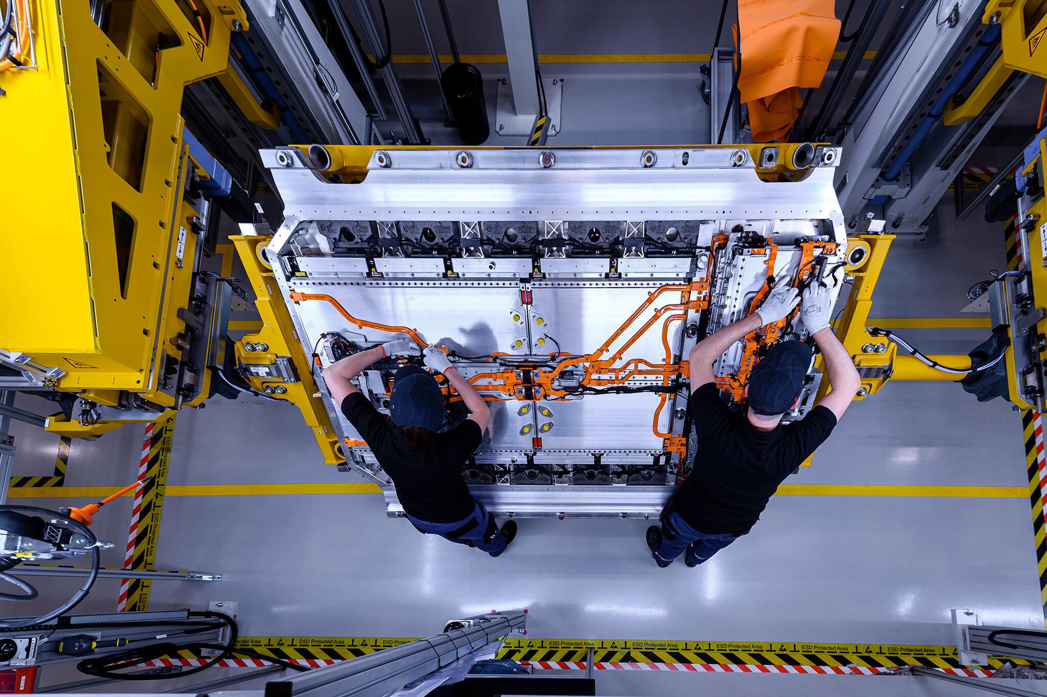 Produção de baterias Mercedes-Benz