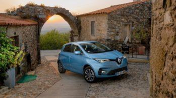 Renault Zoe na aldeia de castelo rodrigo