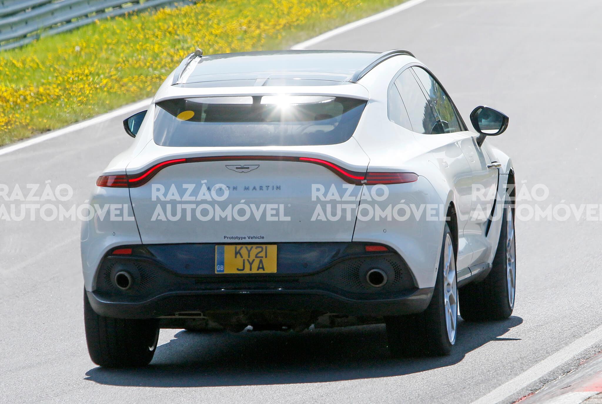 fotos-espia_Aston Martin DBX Hybrid 14