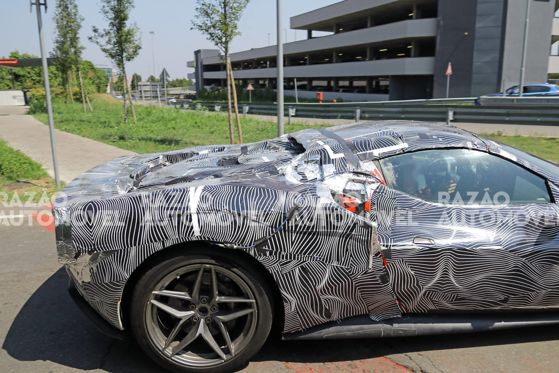 Ferrari 296 GTS fotos-espia