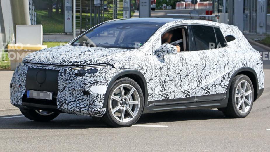 Fotos-espia Mercedes-Benz EQS SUV