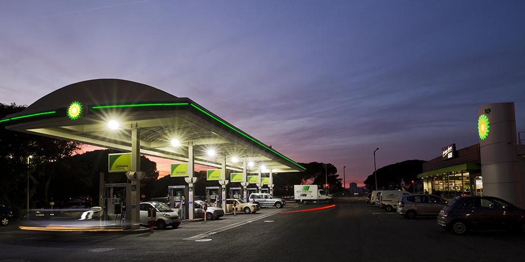 posto combustível_bp_restelo_noite