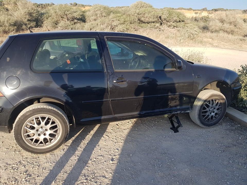 Volkswagen Golf que tentaram roubar
