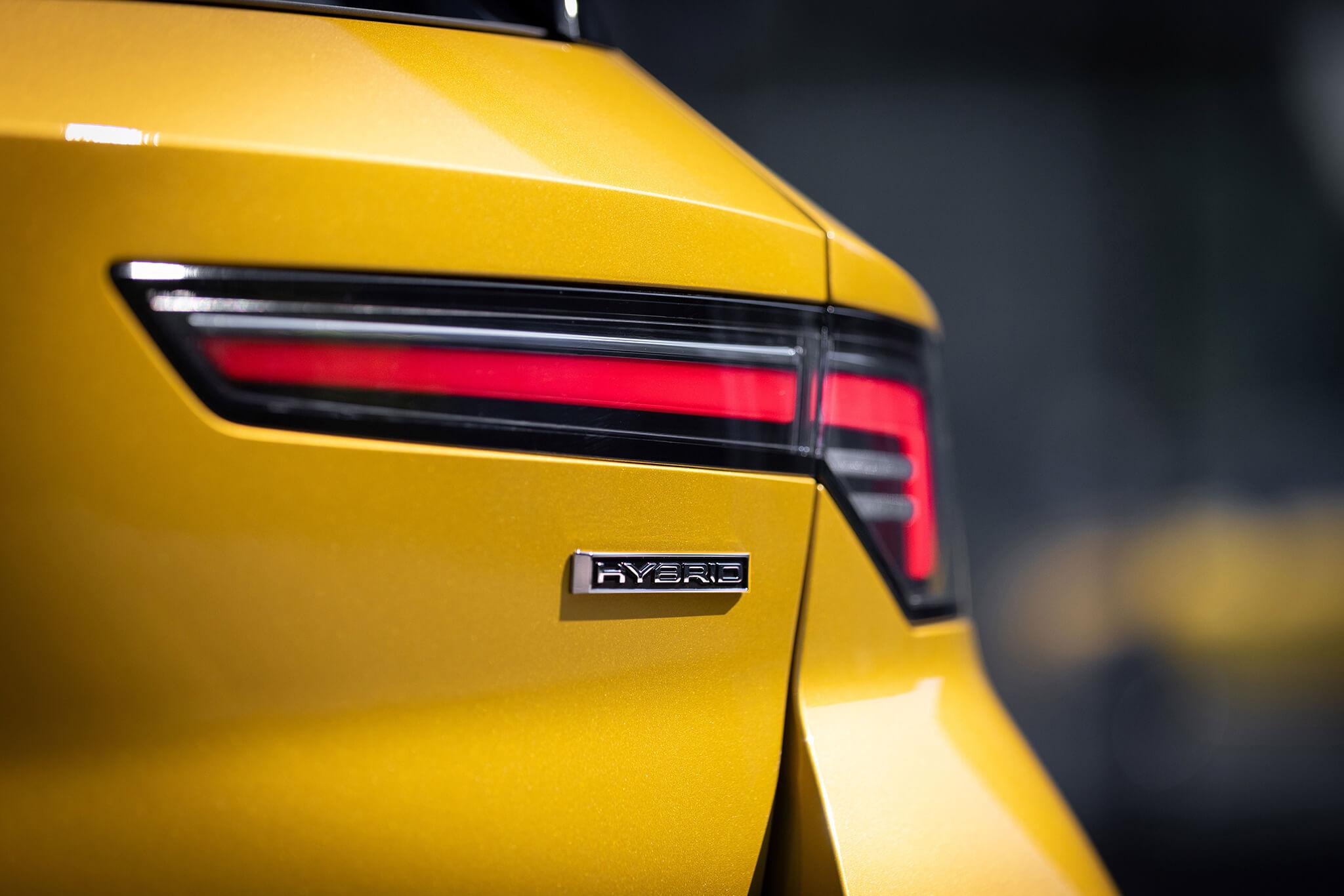 Opel Astra L Hybrid