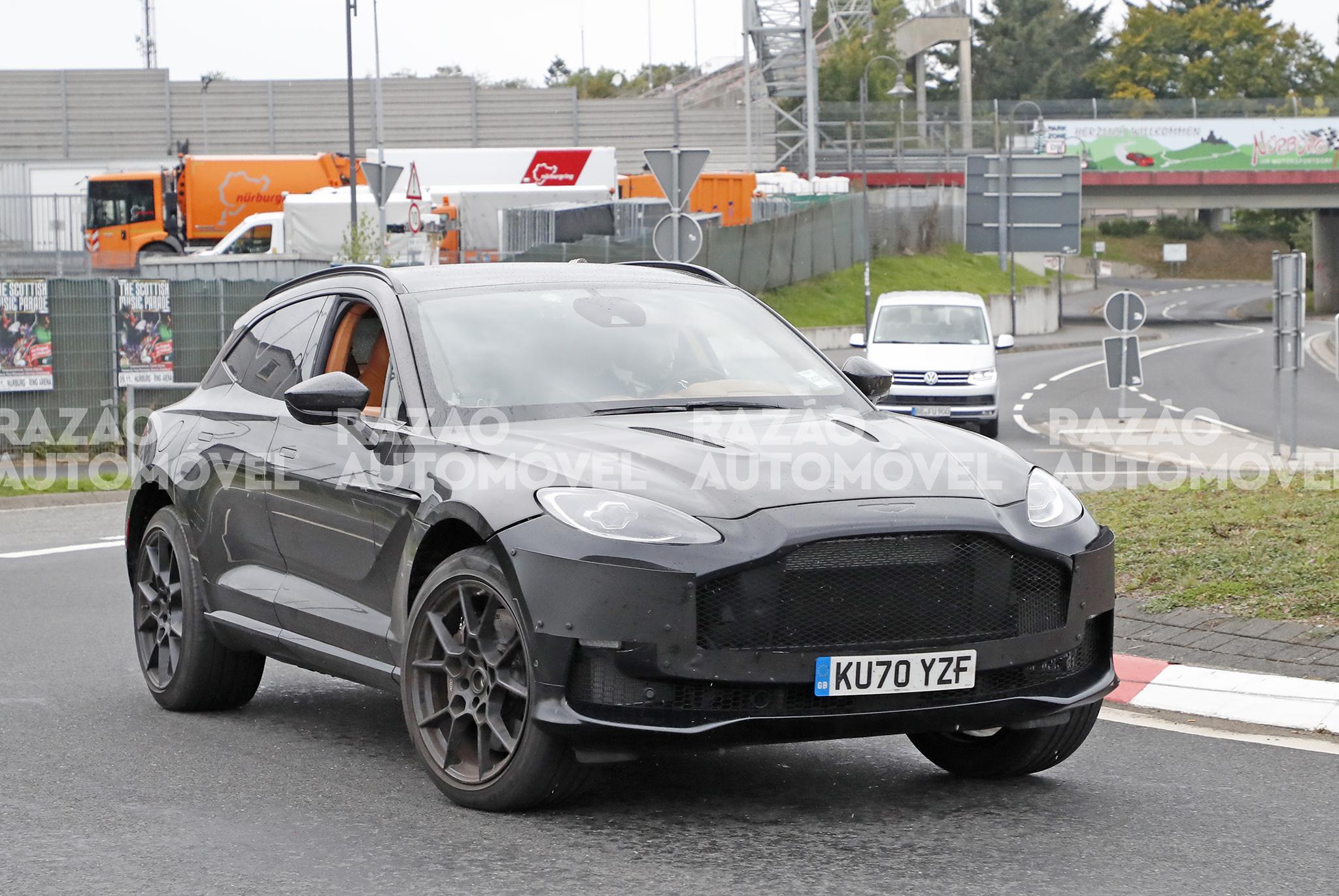 Aston MArtin DBX V12 fotos-espia
