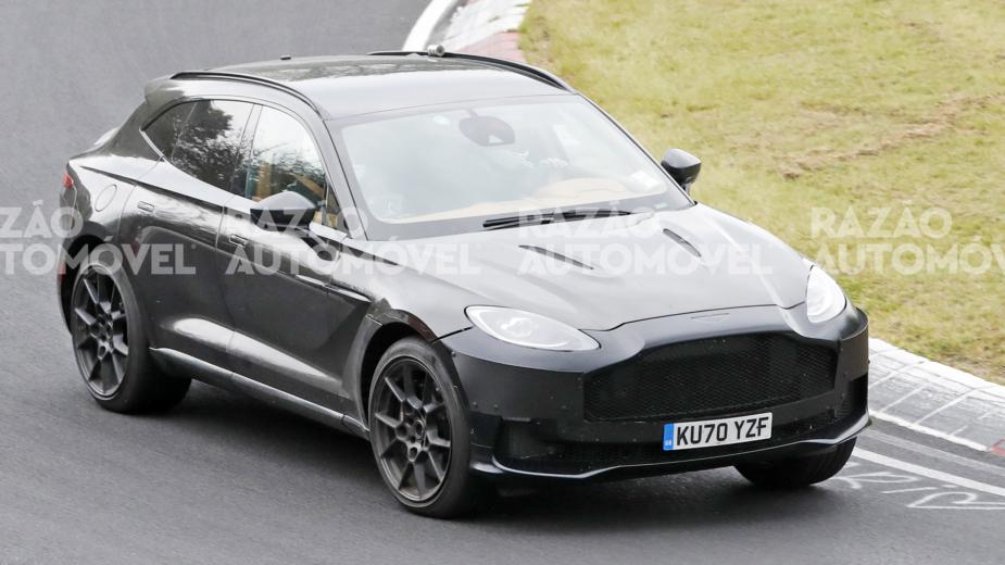 Aston MArtin DBX fotos-espia
