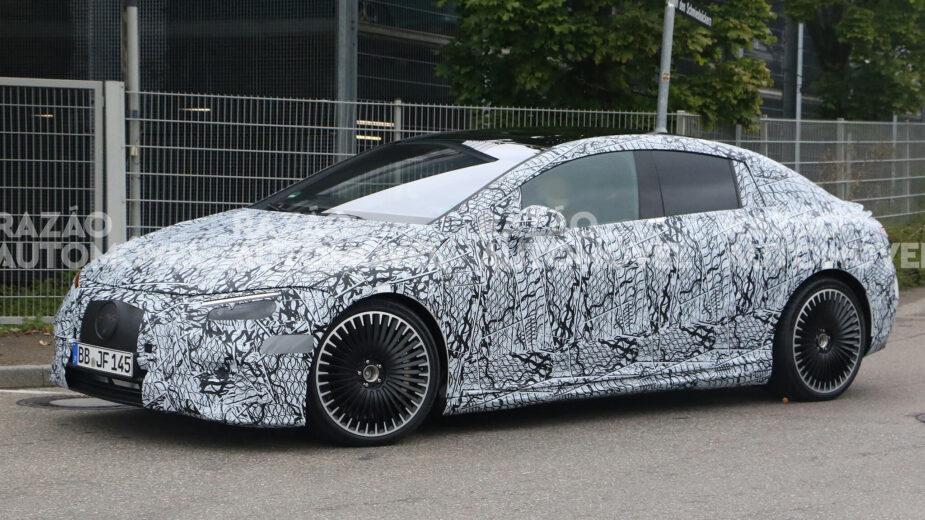 Mercedes-AMG EQE 53 fotos-espia