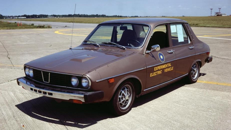Renault 12 eletrico EVA Metro